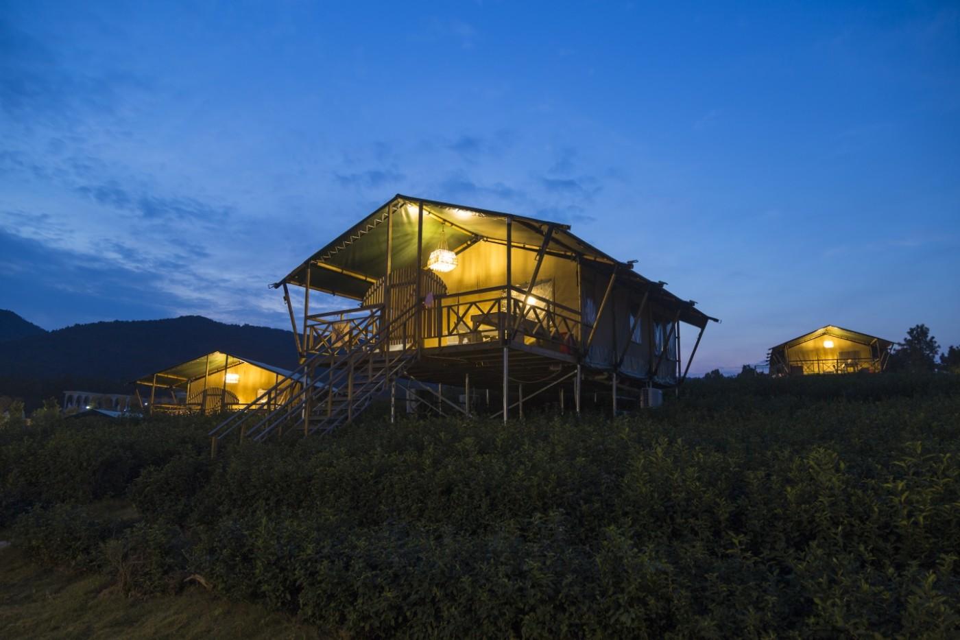 喜马拉雅野奢帐篷酒店—宝盛园夜色22