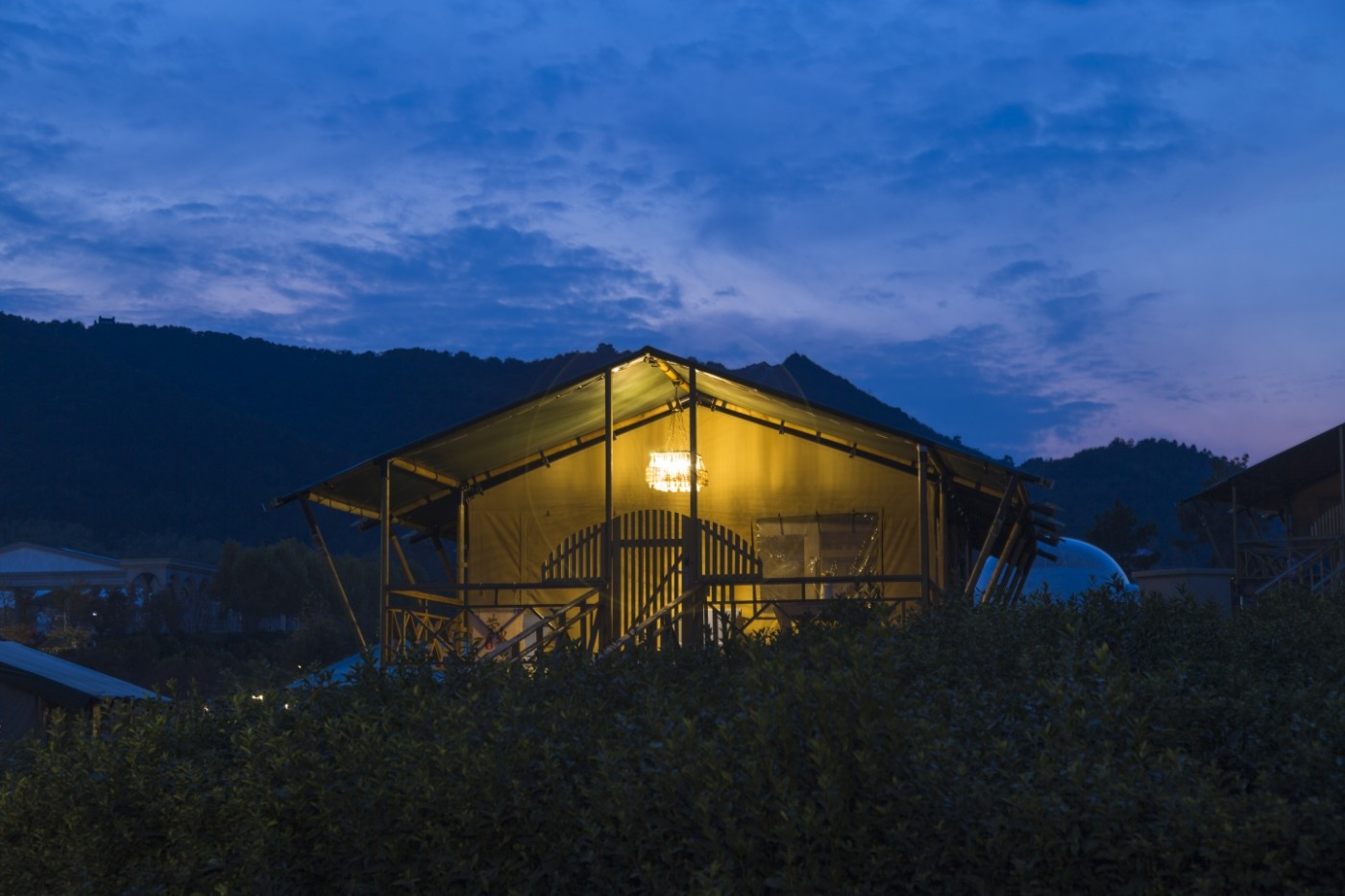 喜马拉雅野奢帐篷酒店—宝盛园夜色26