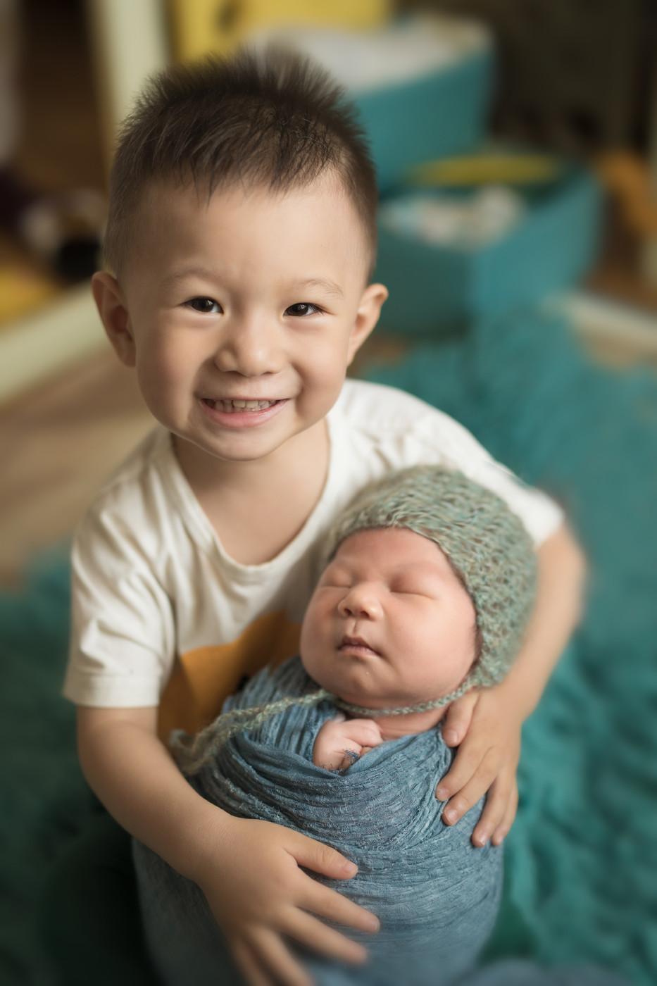 #我有两个帅气的儿子#二宝13天1