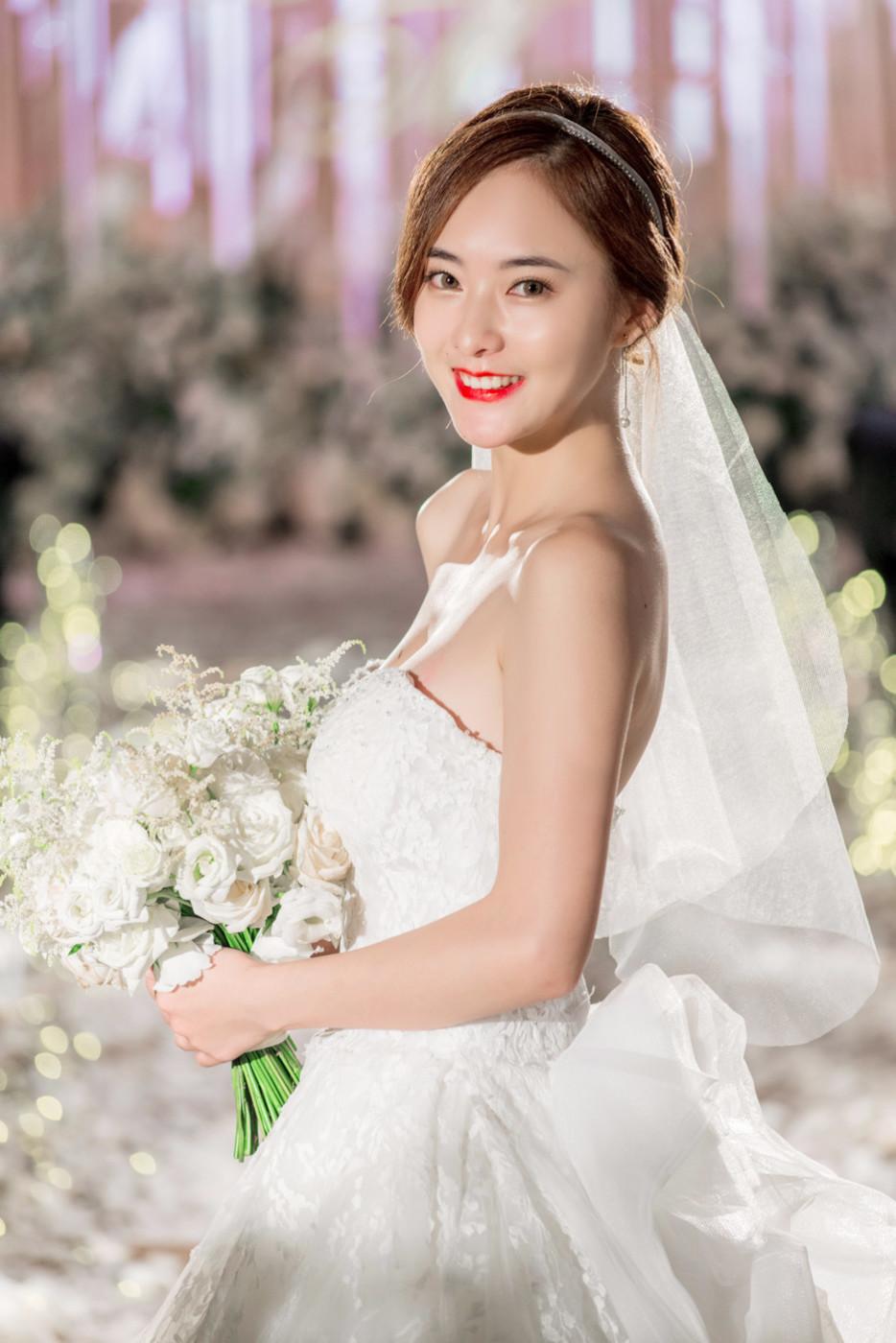 大美女的婚礼43