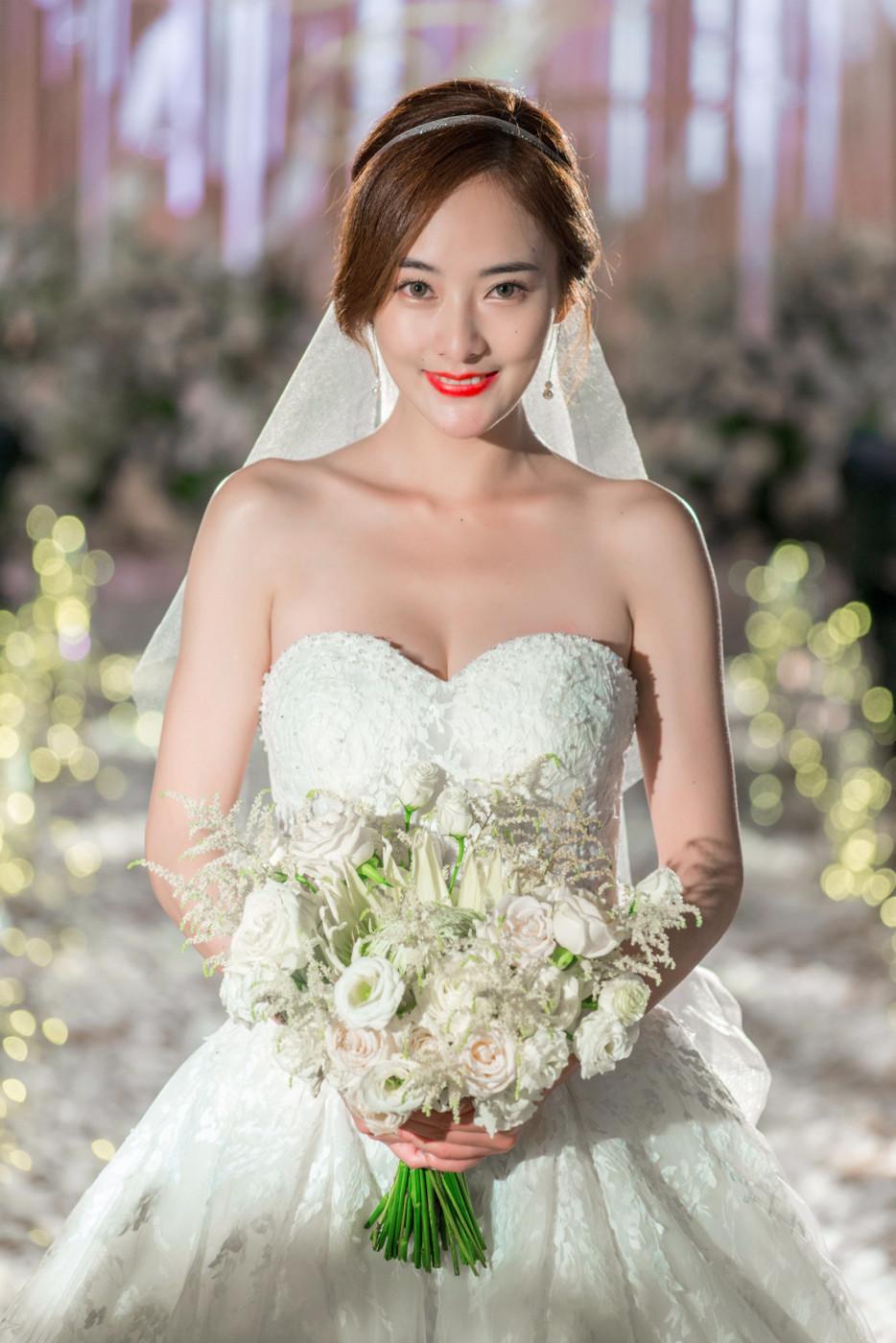 大美女的婚礼44