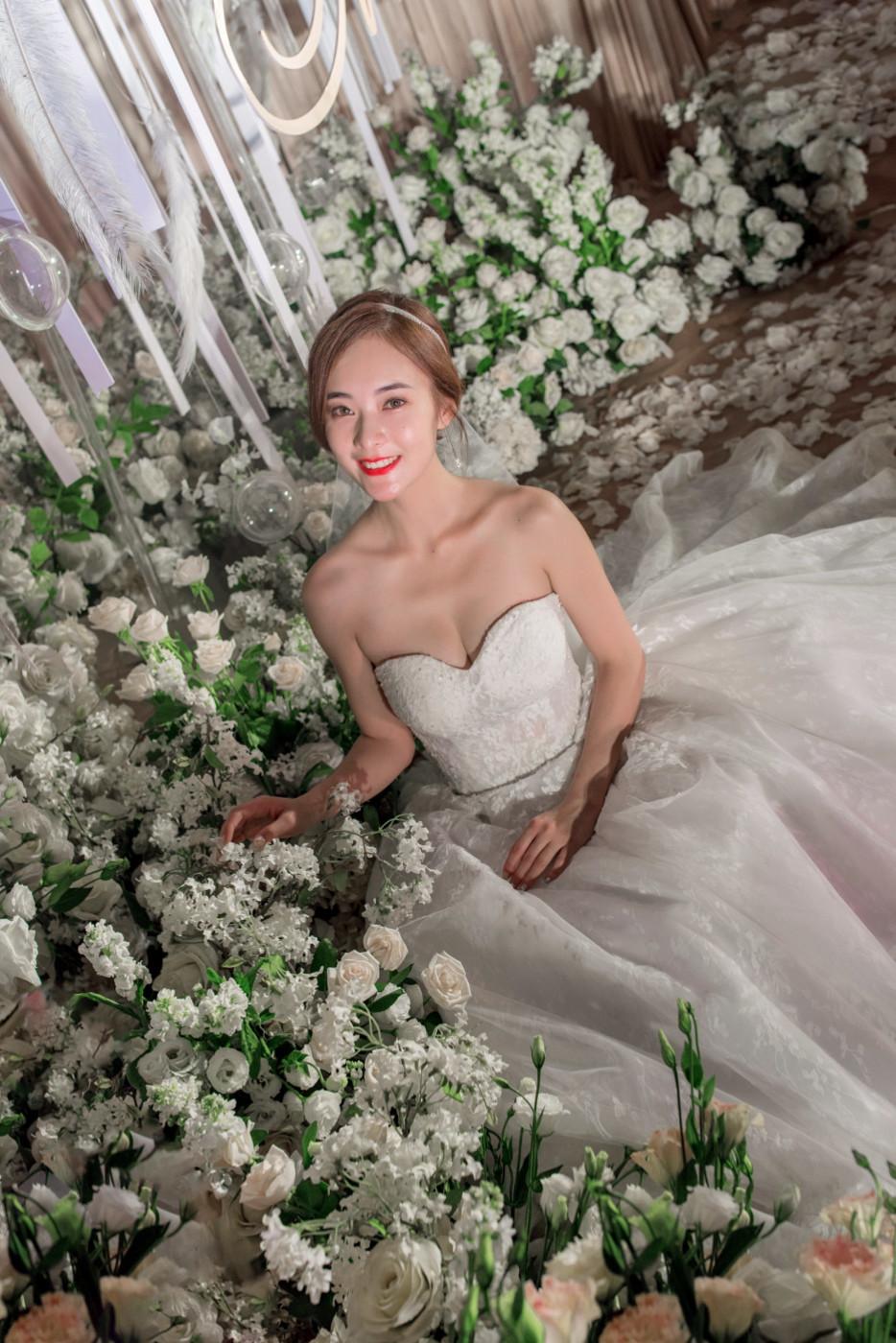 大美女的婚礼49