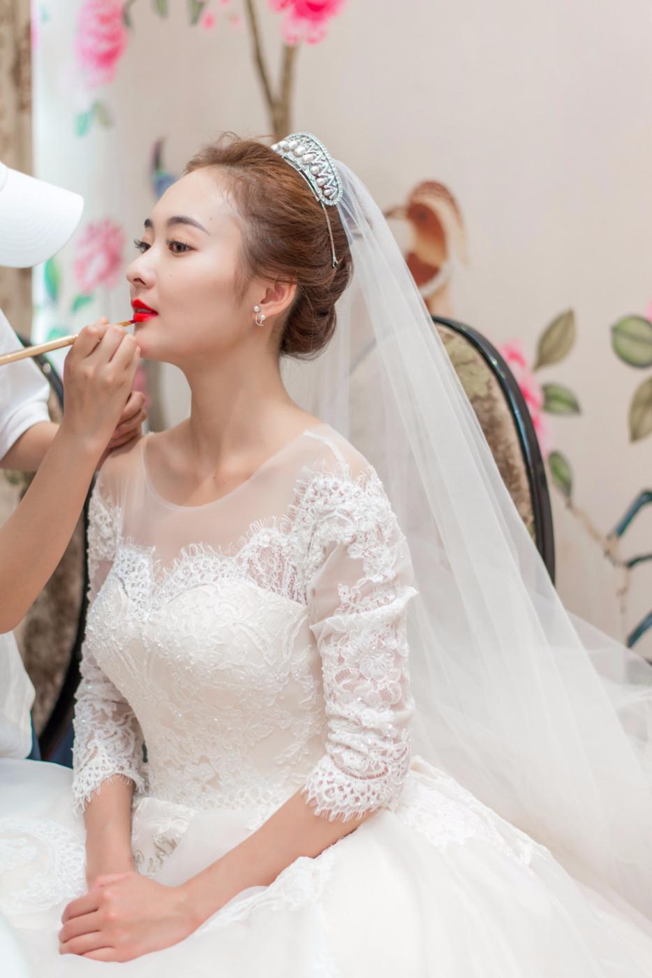大美女的婚礼50