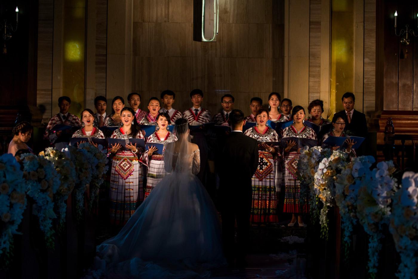 超美的下雨天和教堂婚礼47