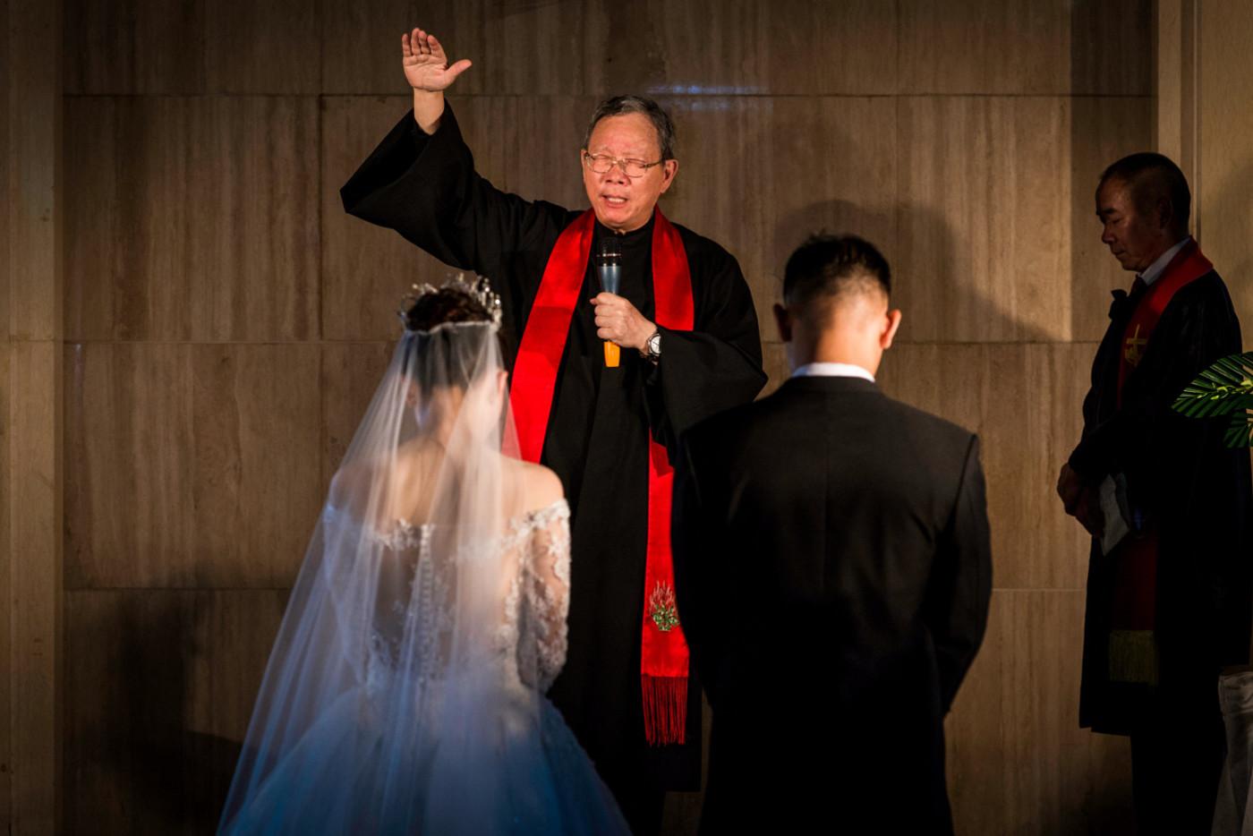 超美的下雨天和教堂婚礼48