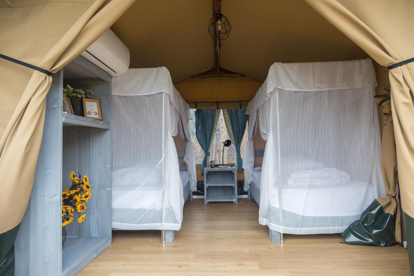 喜马拉雅嘉境林邸子母房奢华帐篷酒店生产厂家,为全球30多个国家提供营地帐篷酒店规划设计制造服务!以下为奢华帐篷酒店图片和视频介绍!32