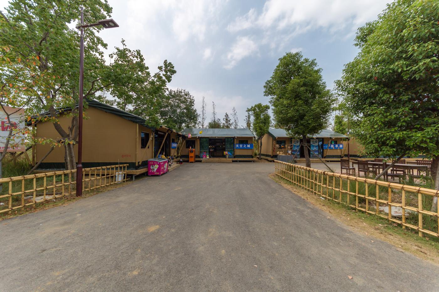 餐厅、办公室、商铺帐篷酒店2