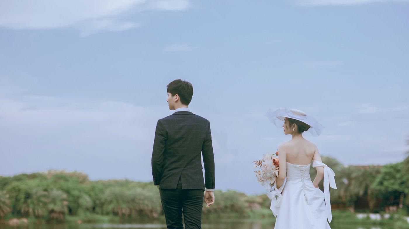 迪茵湖法式草坪婚纱照5